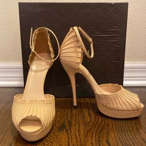 Gucci Nude Leather Heels 38/39